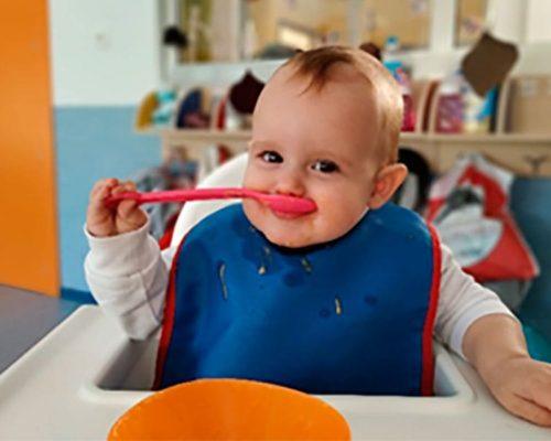 Alimentaciòn complementaria para bebés